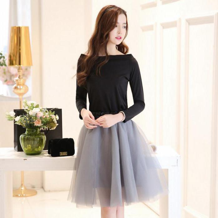 with what to wear a lush skirt to the knees